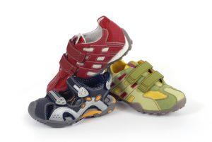 Kinderschuhe - children shoes - Laufschuhe - Sportschuhe